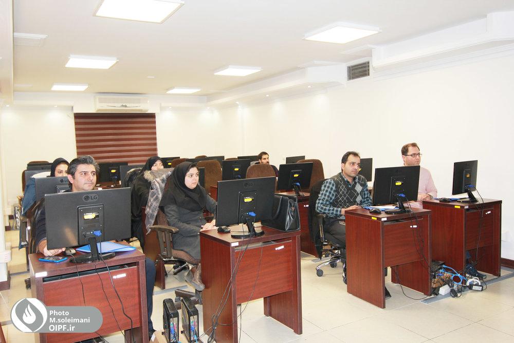 کارگاه آموزشی اکسل برای کارکنان