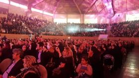 جشن 3 هزار نفری خانواده بازنشستگان نفت در تبریز برگزار شد