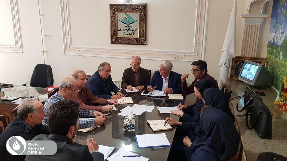 دیدار و گفتگو اعضای کانون تبریز با رئیس منطقه هفت صندوق ها