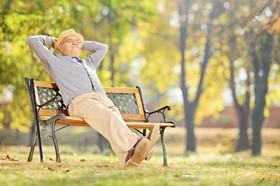 همانطور که سالمند می شویم سالم بمانیم