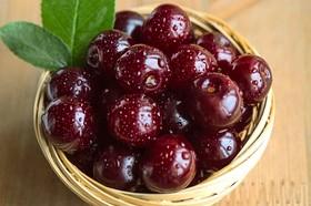 چرا نباید در مصرف انواع میوه افراط کنید؟