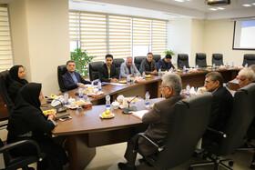 عکس/ نشست هیات مدیره کانون خوزستان با رئیس صندوق ها