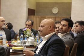 تجلیل کارکنان شرکت سرمایه گذاری اهداف از مهندس رحیمی