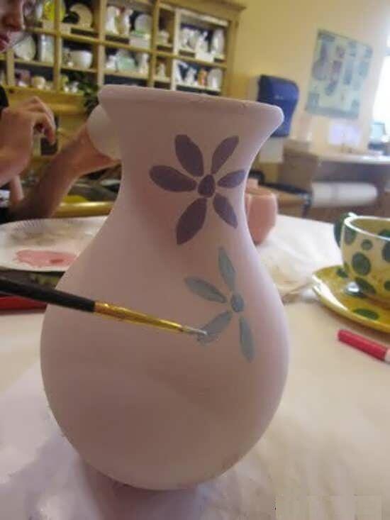 نقاشی گلدان سفالی