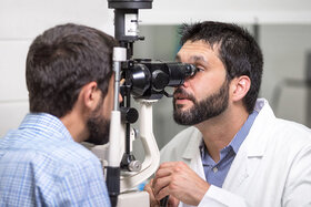خشکی چشم چیست و چه نشانههایی دارد؟