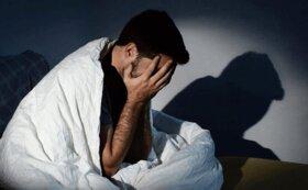 ۶ دلیل بیدار شدن نیمه شب از خواب