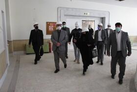 بازدید رئیس صندوقها از روند بازسازی زائرسرای نفت