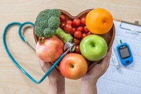 خوردن میوه را به شیرینی ترجیح دهید