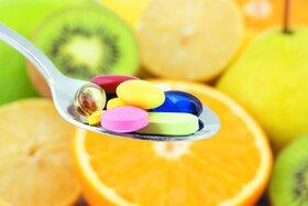 آسیبهای مصرف خودسرانه ویتامینها