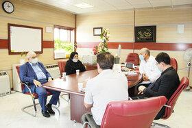 حضور رئیس صندوق در بیمارستان نفت به مناسبت روز پزشک